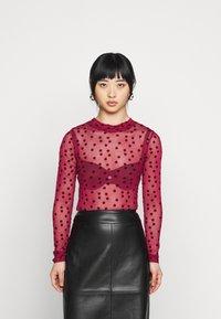 New Look Petite - FLOCKED SPOT  - Long sleeved top - dark burgundy - 0