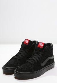 Vans - SK8-HI - Sneakersy wysokie - black - 2