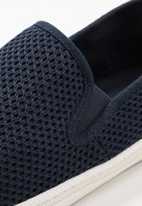 GANT - POOLRIDE - Mocasines - marine - 5