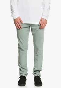 Quiksilver - KRANDY - Trousers - chinois green - 0