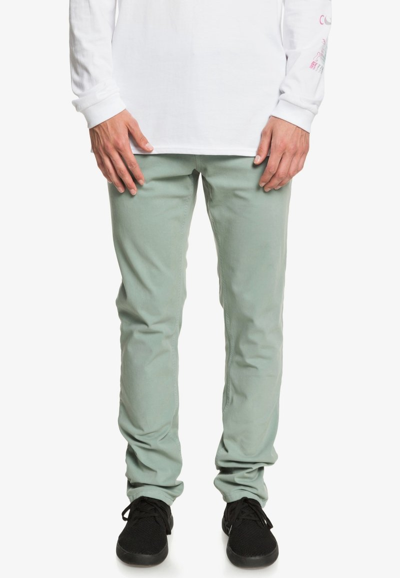 Quiksilver - KRANDY - Trousers - chinois green