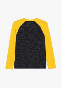 Abercrombie & Fitch - FOOTBALL TEE - Langærmede T-shirts - black/yellow - 1