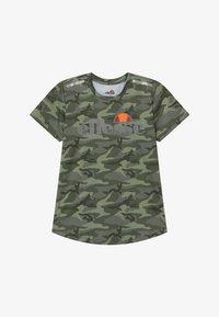 Ellesse - SANDON PERFORMANCE TEE - Print T-shirt - khaki - 2