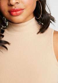 Nly by Nelly - TURTLENECK - Topper - beige - 5