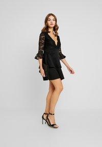 Sista Glam - NOVA - Vestido de cóctel - black - 2