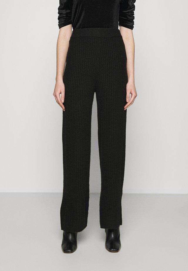 NMSALLY LOOSE PANT - Pantaloni - black
