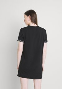 SIKSILK - CORE TECH DRESS - Jersey dress - black - 2