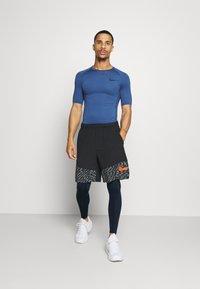 Nike Performance - Medias - obsidian/white - 1