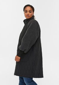 Zizzi - QUILTED TEDDY  WITH POCKETS - Down coat - black comb - 3