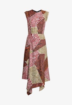 LETHIA - Vestido informal - vintage camel