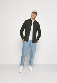 Only & Sons - ONSCAIDEN SOLID - Skjorta - olive night - 1