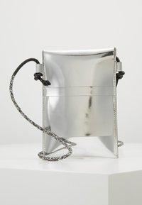 PB 0110 - Across body bag - silver - 0