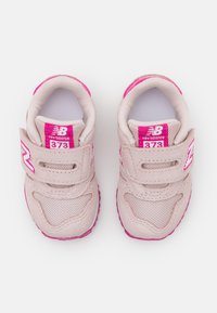 New Balance - IV373SPW - Sneakers laag - pink - 3