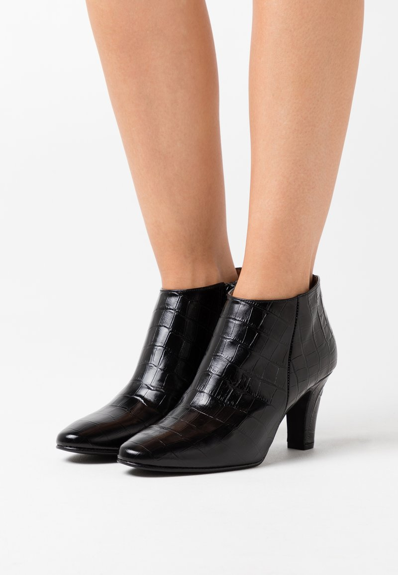 Brenda Zaro - VALERIA - Kotníková obuv - monterrey black