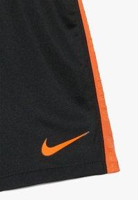 Nike Performance - NIEDERLANDE KNVB I NK BRT KIT AW SET - Sports shorts - black/safety orange - 3