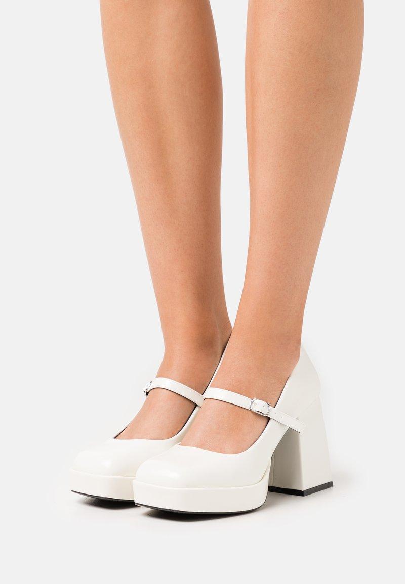 Monki - VEGAN JANE SHOE - Platform heels - white