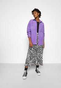 Monki - CONNY LI  - Button-down blouse - lilac purple - 1