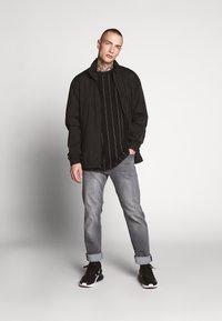Urban Classics - OVERSIZED TEE - T-Shirt print - black - 1