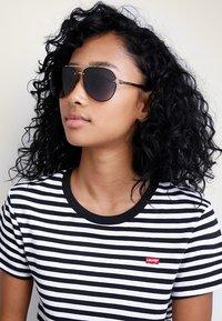 Marc Jacobs - Sunglasses - black/gold-coloured - 2