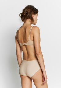 Schiesser - INVISIBLE 2 PACK - Slip - nude - 2
