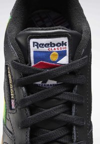 Reebok Classic - CLASSIC LEATHER SHOES - Sneakers laag - black - 7