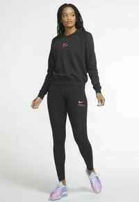 Nike Sportswear - Sweatshirt - black/hyper pink - 1