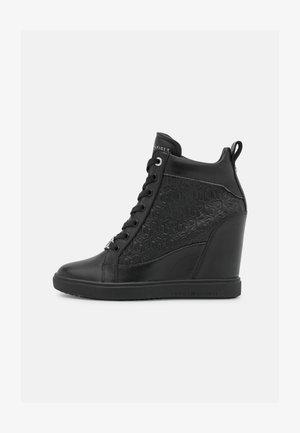 POP WEDGE - High-top trainers - black