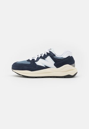 5740 UNISEX - Trainers - navy/white
