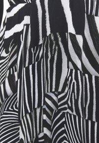 Just Cavalli - Denní šaty - black variant - 2