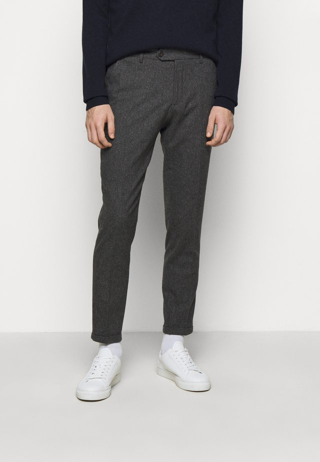 COMO SUIT PANTS - Pantalon de costume - charcoal