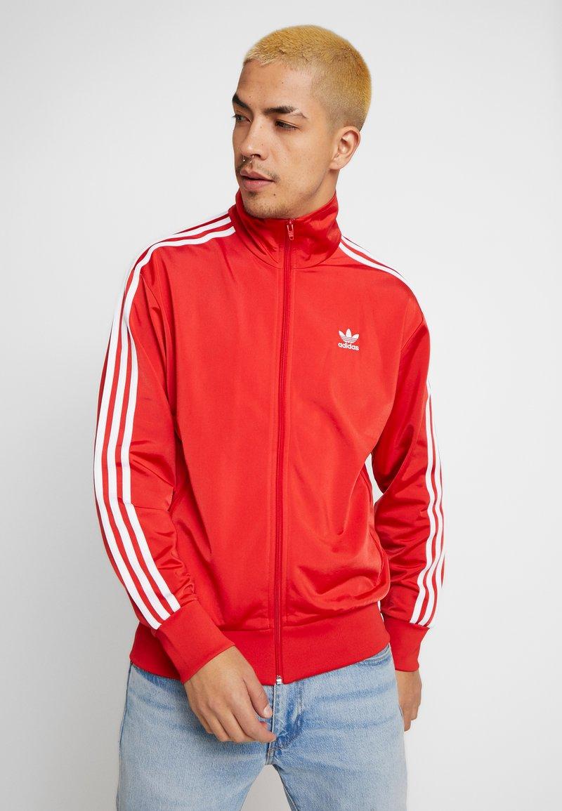 adidas Originals - FIREBIRD ADICOLOR SPORT INSPIRED TRACK TOP - Sportovní bunda - lush red