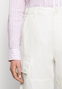 Polo Ralph Lauren - Spodnie materiałowe - antique cream - 4