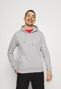Brave Soul - CLARENCE - Sweatshirt - light grey marl - 0