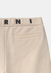 Marni - CALZONCINI UNISEX - Shorts - milk - 2