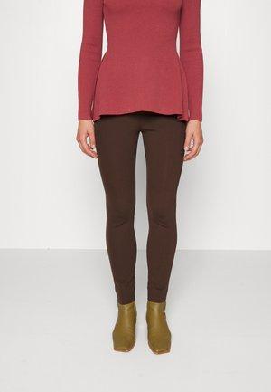 YOKE CORE - Leggings - Trousers - walnut