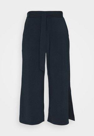 MALLI PANTS - Trousers - midnight marine