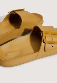 OYSHO - Slippers - mustard yellow - 4