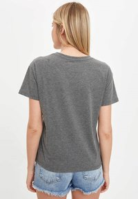 DeFacto - T-shirts print - anthracite - 1