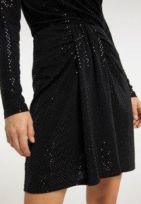 usha - A-line skirt - schwarz - 4