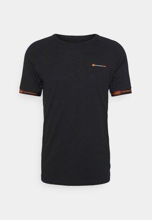 JCOFINN TEE - Print T-shirt - black