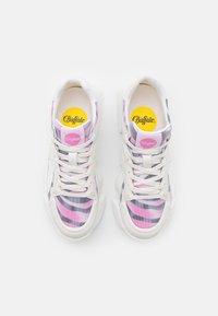 Buffalo - VEGAN MATRIX TWO - Trainers - white/pink - 5