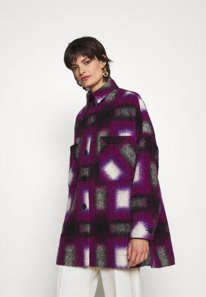 HARWEL - Krátký kabát - natural white/purple