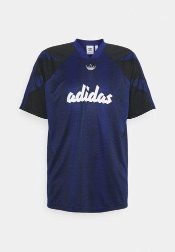 BALL TEE - T-shirt z nadrukiem - victory blue/black