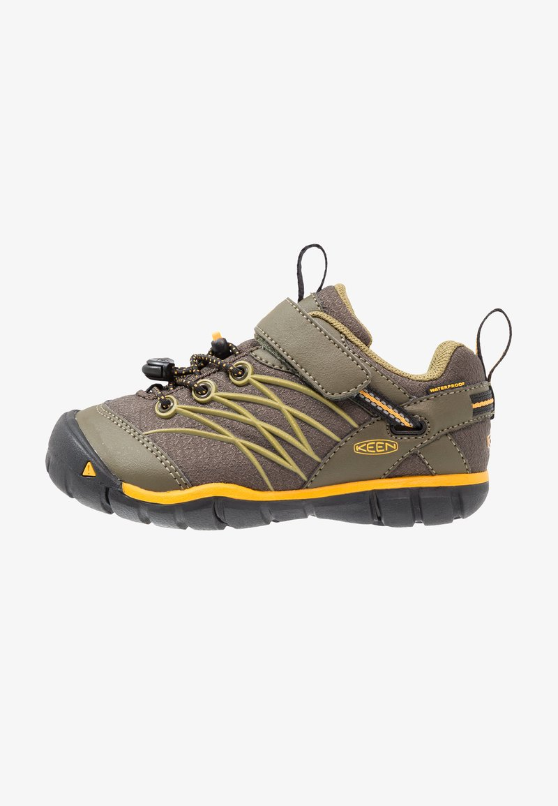 Keen - CHANDLER CNX - Hiking shoes - dark olive/citrus
