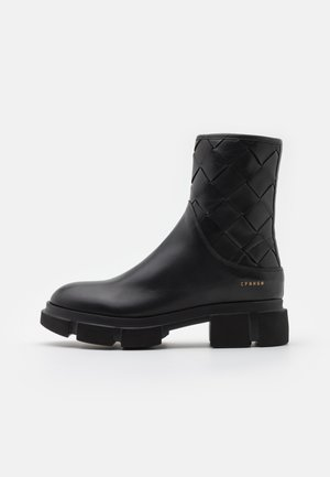 CPH522 - Platform ankle boots - black