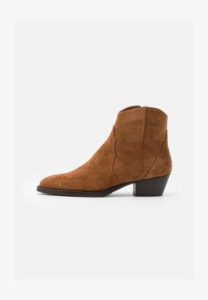 Cowboy/biker ankle boot - caramello