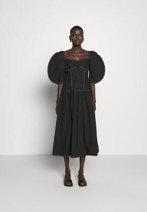 LOUISA DRESS - Denní šaty - black