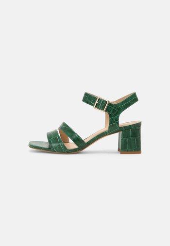 VEGAN ZAZU - Sandals - vert