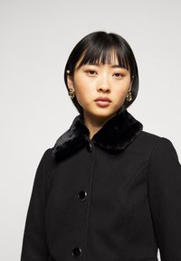 Dorothy Perkins Petite - DOLLY COAT   - Classic coat - black - 4