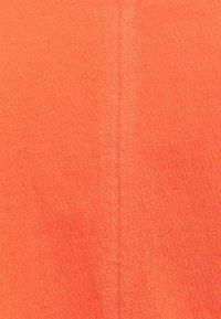 TOM TAILOR DENIM - CRINKLED V NECK - Top - sundown coral - 2